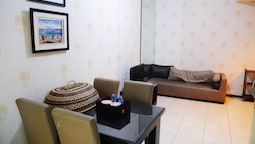 2 Bedroom Pool View Sudirman Park By Travelio