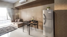 1 Bedroom Ambassade Residence By Travelio