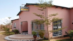 Kwesu Guest House