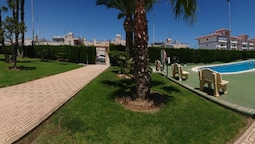Bungalow With 4 Bedrooms in Torrevieja, With Wonderful Lake View, Pool