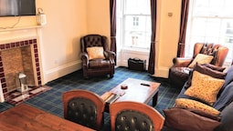 3 Bedroom Apartment On The Royal Mile
