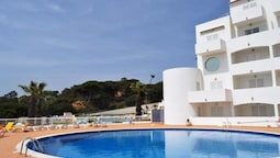 Apartment With one Bedroom in Albufeira, With Wonderful sea View, Pool