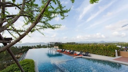 Infinity Pool 1 Bedroom at Surin Beach