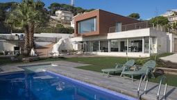104647 -  Villa in Lloret de Mar