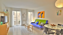 Lucy Apartment by Hello Apartments Sitges