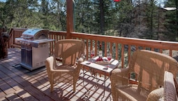New Mexico Mountain Pines Cabin - Three Bedroom Cabin