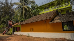 OYO 12873 Home Beach facing Studios Morjim