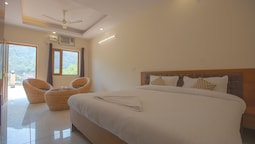 HOTEL GRACE GANGA-By Nature Care Village