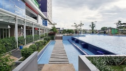 1 Bedroom at Green Pramuka Apartment by Travelio