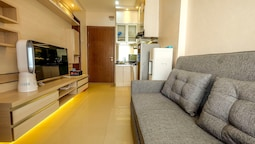 2 Bedrooms at Northland Ancol Residence By Travelio
