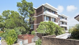 Bellevue, Unit 7/4 Donald Street