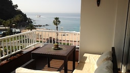 Apartamento con fantasticas vistas al mar- Adults Only