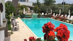Apartment With one Bedroom in Pozzallo, With Pool Access, Terrace and