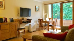 1 Bedroom Apartment In Ballsbridge