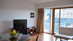 1 Bedroom Flat Near Grand Canal