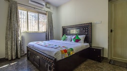 OYO 11587 Home Spacious Studios Nerul