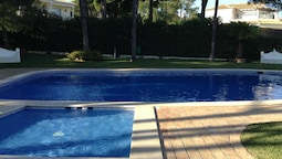 House With 3 Bedrooms in Vilamoura, With Shared Pool, Enclosed Garden