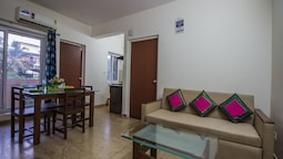 OYO 12951 Home Pool View 1BHK Aprora