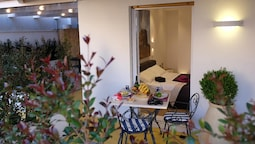 Apartment With 4 Bedrooms in Cagliari, With Wonderful City View, Furni