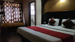 Hotel Sidharth Regency