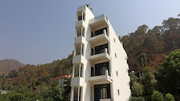 OYO 12882 Home 2BHK Nature's Heaven Shyamkhet