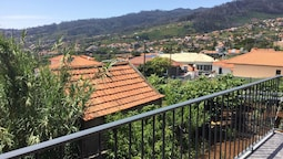 House With 2 Bedrooms in Funchal, With Wonderful sea View, Terrace and