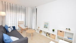 HomeHolidaysRentals Costamar II