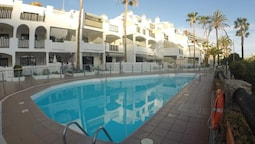 Apartment With one Bedroom in Mogán, With Wonderful sea View, Pool Acc