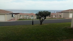 186 The Beach Club Hermanus