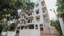OYO 10726 Home Modern Pool View 2BHK Vagator