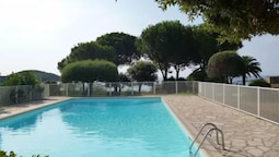 House With 4 Bedrooms in Sainte Lucie, With Wonderful sea View, Pool A