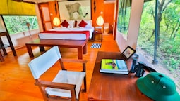 Topan Yala - Air Conditioned Luxury Safari Camp