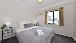 East Perth 2 x 1 Trendy Apartment