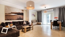 Acropolis Boutique Suite