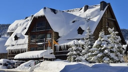 Hotel AA Chalet Bassibe Baqueira by Silken