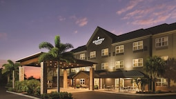 Country Inn & Suites by Radisson, Bradenton-Lakewood Ranch, FL