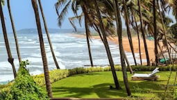 OCEAN WAVES ANJUNA COTTAGES'S