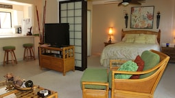 Hono Kai # B17 1 Bedroom 1 Bathroom Condo