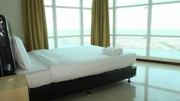 Baywalk Condominium Pluit With Ocean View