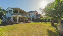 Tamarin Bay Cottage by StayMauritius