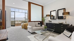 Beautifully Decorated Apartment in Auckland CBD - by Urban Butler