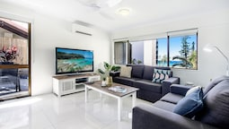 Boutique Beachside Escape in Surfers Paradise