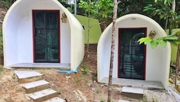 Eco Capsule Resort