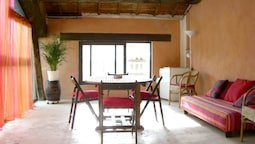 House With 3 Bedrooms in Noves, With Furnished Terrace and Wifi - 80 k