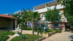 Apartments Snjezana - Adults Only