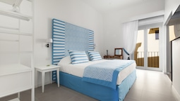 Blue Suite Sorrento Tasso Square