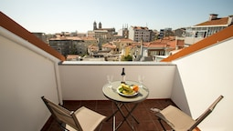 Bonjardim Apartments by Porto City Hosts