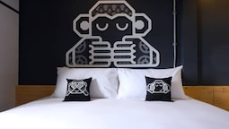 Blu Monkey Hub and Hotel Suratthani