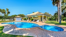 Villa With 2 Bedrooms in Almancil, With Private Pool, Enclosed Garden