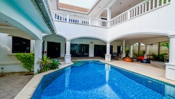Baan Bali 5 bedroom Pool Villa By Pinky